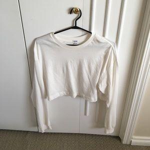 Cropped basic white long sleeve tee